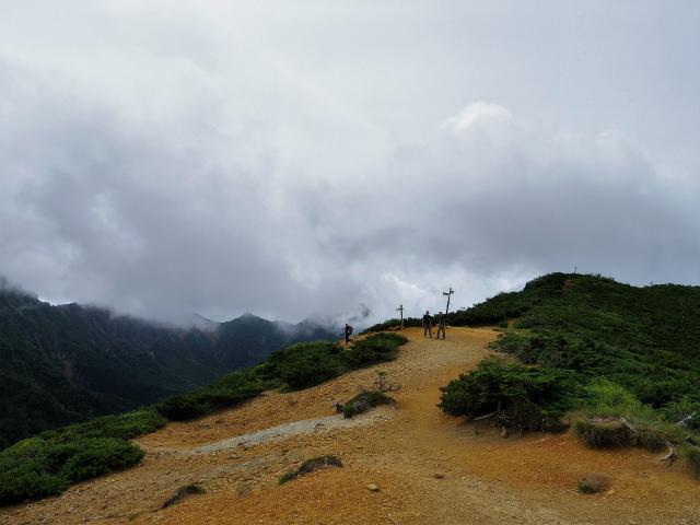 八ヶ岳・横岳(桜平~硫黄岳~奥ノ院) 登山口コースガイド 赤岩の頭【登山口ナビ】