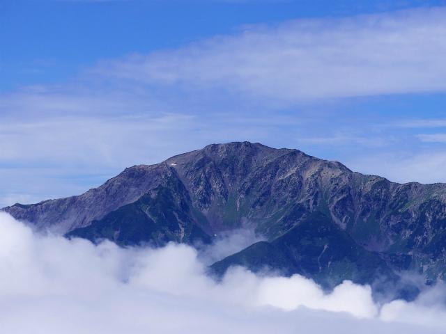 辻山(甘利山~千頭星山)登山口コースガイド 辻山山頂からの間ノ岳【登山口ナビ】