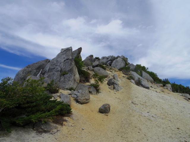 鳳凰三山(夜叉神峠~砂払岳)登山口コースガイド 砂払岳【登山口ナビ】