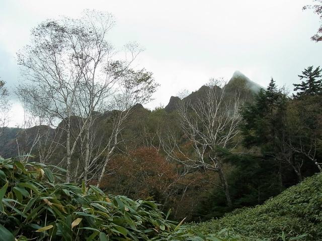 皇海山・鋸山(不動沢コース)登山口コースガイド 鋸山11峰【登山口ナビ】