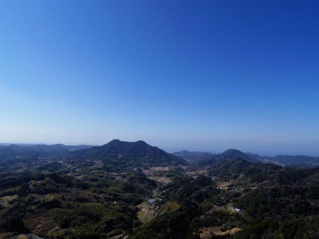 伊予ヶ岳(平群天神社コース) 登山口コースガイド 南峰山頂から富山の眺望【登山口ナビ】