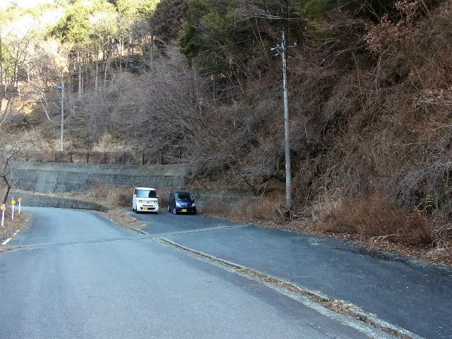 大室山(日陰沢新道コース) 登山口コースガイド 神の川林道駐車スペース【登山口ナビ】