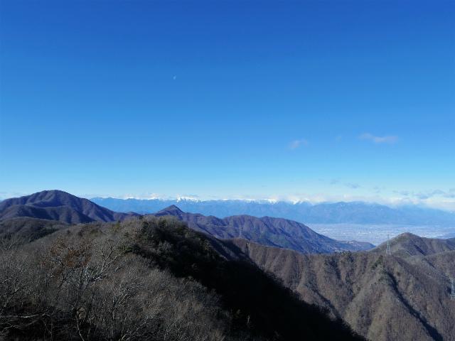 三ツ峠山(本社ヶ丸~清八山) 本社ヶ丸山頂からの南アルプス【登山口コースガイド】