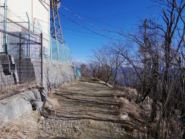 三ツ峠山(北口登山道)登山口コースガイド 御巣鷹山山頂【登山口コースガイド】