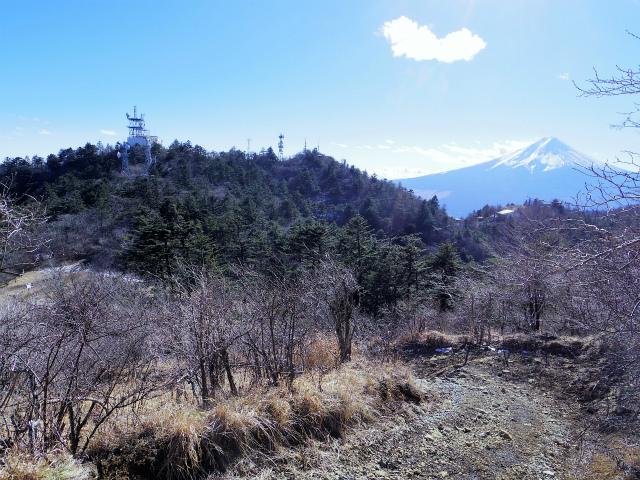 三ツ峠山(北口登山道)登山口コースガイド 御巣鷹山からの開運山と富士山【登山口コースガイド】