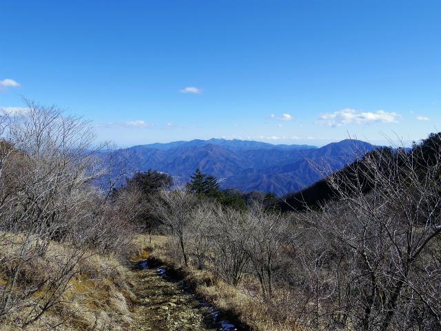 三ツ峠山(北口登山道)登山口コースガイド 御巣鷹山からの丹沢山地【登山口コースガイド】