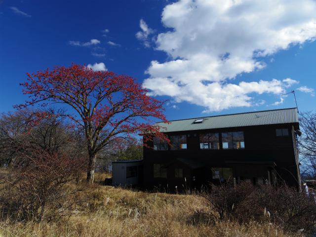 早戸大滝・丹沢山コースガイド みやま山荘【登山口ナビ】