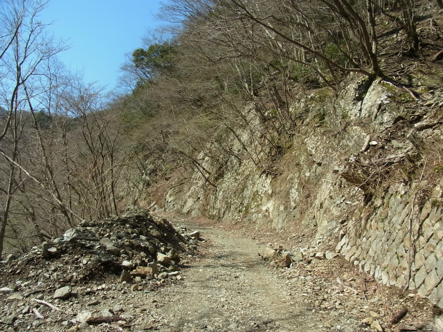 早戸大滝・丹沢山(大滝新道)コースガイド 早戸川林道【登山口ナビ】