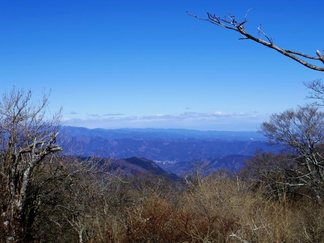 丹沢山(早戸大滝~大滝新道) 登山口コースガイド 丹沢山山頂からの奥多摩【登山口ナビ】