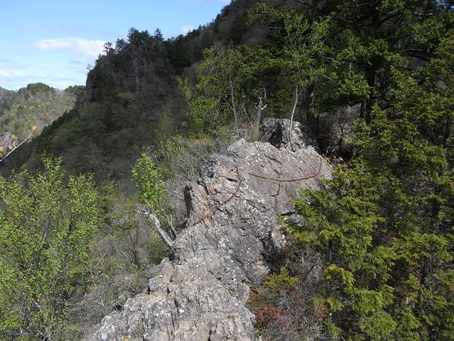 両神山(八丁峠コース) 登山口コースガイド ナイフリッジ【登山口ナビ】