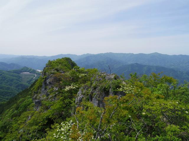 西上州・二子山(東岳・西岳) 登山口コースガイド 上級者コース 稜線【登山口ナビ】