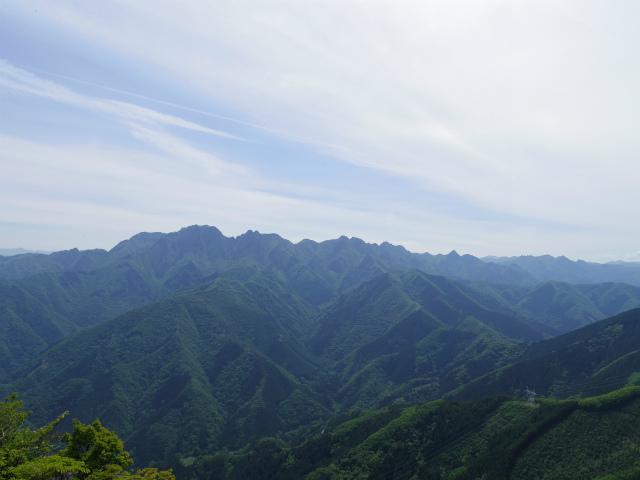 西上州・二子山(東岳・西岳) 登山口コースガイド 上級者コース 両神山展望【登山口ナビ】