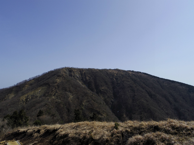 塔ノ岳(丹沢表尾根) 登山口コースガイド 烏尾山からの三ノ塔【登山口ナビ】