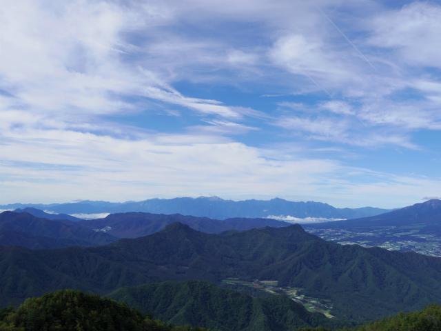 御座山(栗生コース) 登山口コースガイド 山頂からの展望 南アルプス【登山口ナビ】