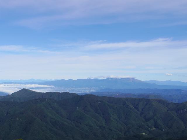 御座山(栗生コース) 登山口コースガイド 山頂からの展望 浅間山【登山口ナビ】