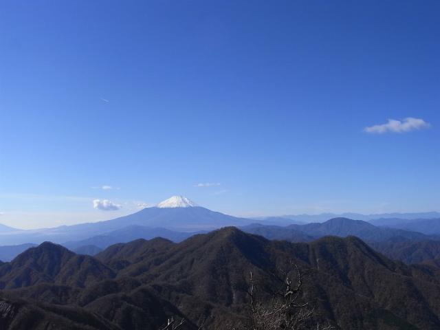 蛭ヶ岳(榛ノ木丸~姫次)コースガイド 蛭ヶ岳山頂からの富士山【登山口ナビ】
