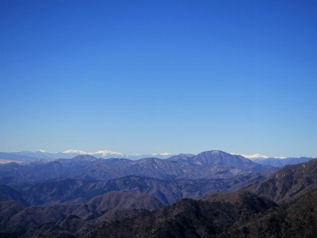 鍋割山(表丹沢県民の森コース)コースガイド 鍋割山山頂からの南アルプス【登山口ナビ】