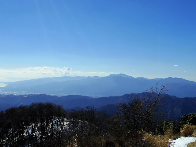 鍋割山(表丹沢県民の森コース)コースガイド 鍋割山山頂からの箱根【登山口ナビ】