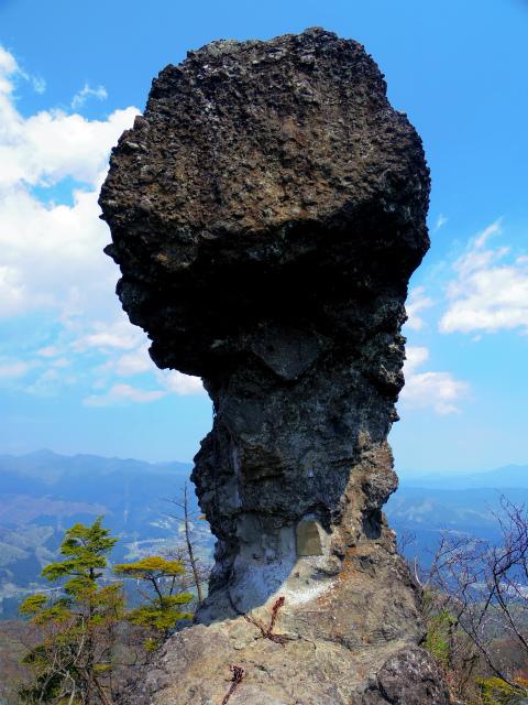 裏妙義・丁須の頭(御岳コース) 登山口コースガイド 丁須の頭山頂【登山口ナビ】