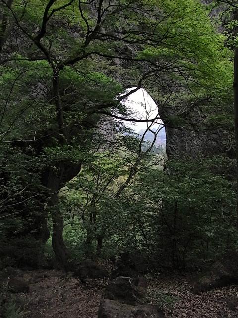 表妙義・金洞山(中ノ岳~鷹戻し~相馬岳) 登山口コースガイド 第一石門【登山口ナビ】