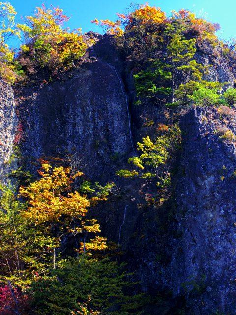 表妙義・金洞山(中ノ岳~鷹戻し~相馬岳) 登山口コースガイド 中ノ岳鎖場【登山口ナビ】