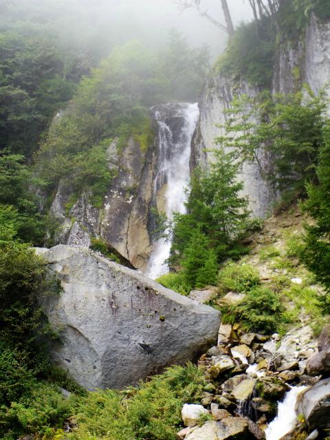 鳳凰三山(青木鉱泉~ドンドコ沢コース) 白糸滝【登山口コースガイド】