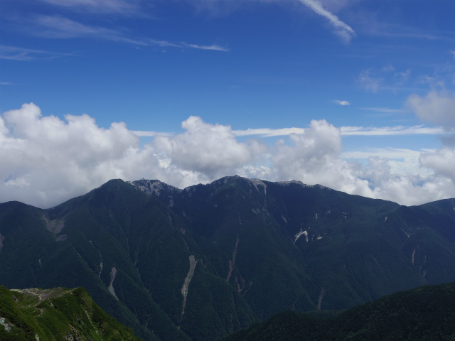 鳳凰三山(青木鉱泉~ドンドコ沢コース)【登山口コースガイド】