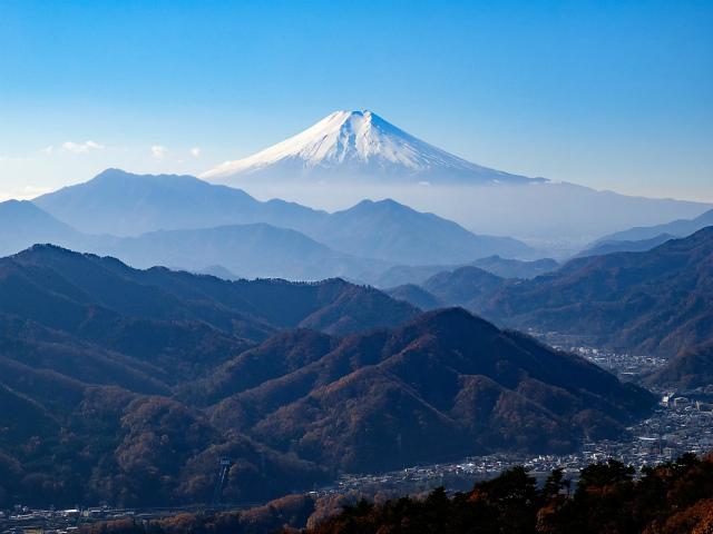 富士山が良く見える山 登山口コースガイド 百蔵山山頂【登山口ナビ】