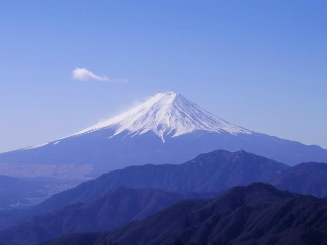 富士山が良く見える山 登山口コースガイド 雁ヶ腹摺山山頂【登山口ナビ】