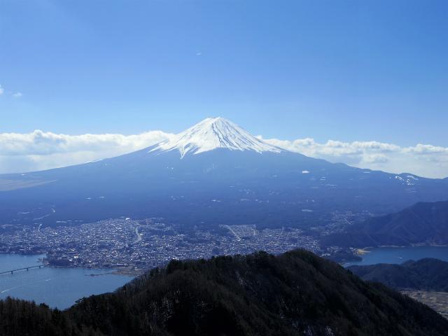 御坂黒岳(新御坂トンネル河口湖口) 富士山眺望【登山口コースガイド】
