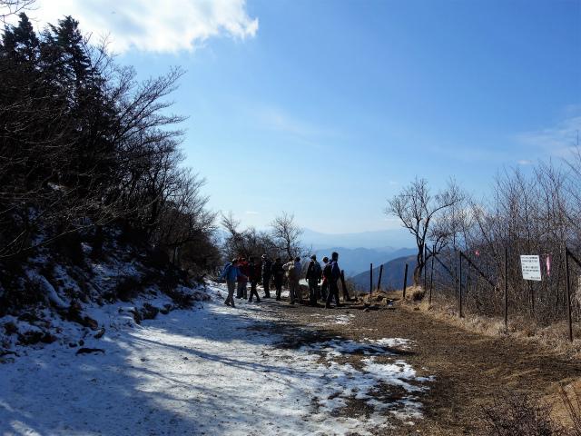 大山(ヤビツ峠~イタツミ尾根)大山山頂展望台【登山口コースガイド】