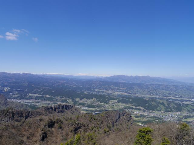 表妙義 白雲山(大の字~相馬岳)西肩から奥志賀・榛名山の眺望【登山口コースガイド】