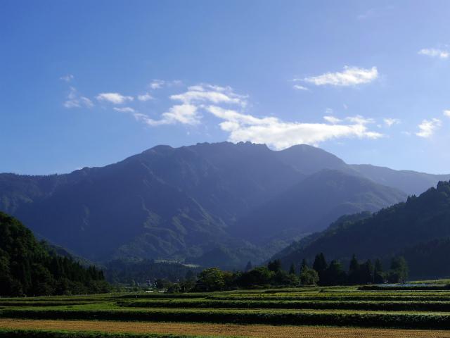 八海山(屏風道~新開道)【登山口コースガイド】