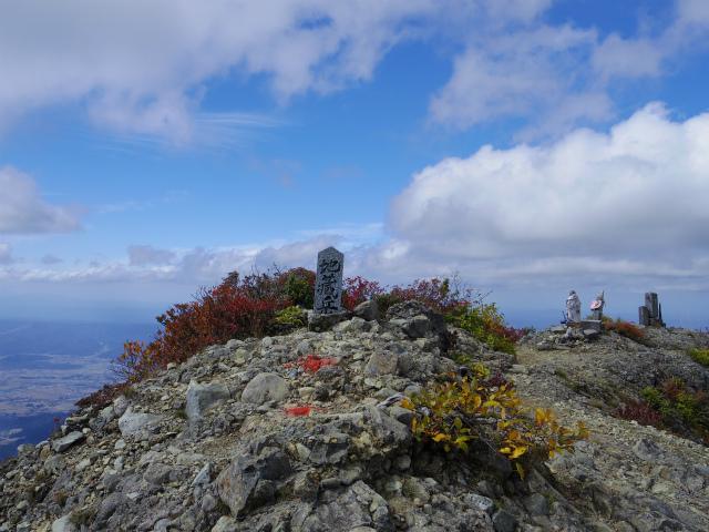 八海山(屏風道~新開道)地蔵岳山頂【登山口コースガイド】