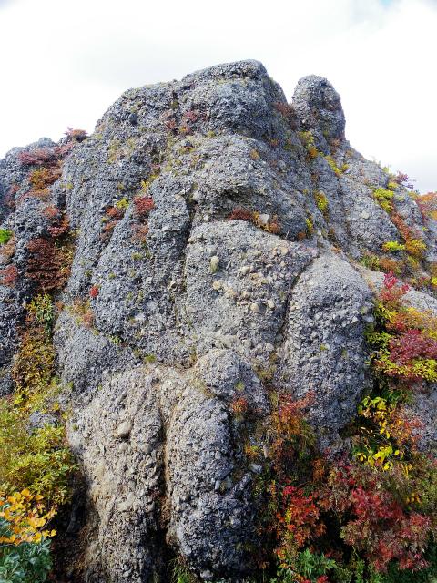 八海山(屏風道~新開道)五大岳(七曜岳)下りの鎖場【登山口コースガイド】