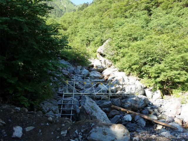 北岳(左俣コース)登山口コースガイド 仮設橋【登山口ナビ】