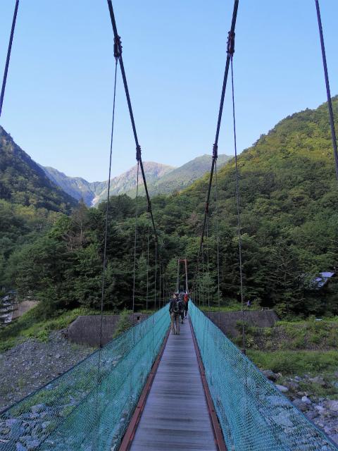 北岳(左俣コース)登山口コースガイド 北岳登山口の吊橋【登山口ナビ】