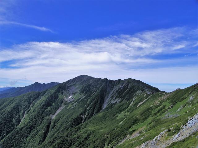 北岳(左俣コース)登山口コースガイド 八本歯のコル上からの間ノ岳【登山口ナビ】
