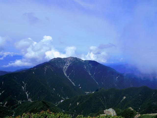北岳(左俣コース)登山口コースガイド 両俣小屋分岐からの仙丈ケ岳【登山口ナビ】