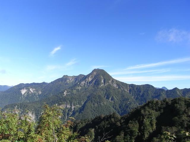 戸隠山(西岳・本院岳~P1尾根) 登山口コースガイド 八方睨からの高妻山【登山口ナビ】