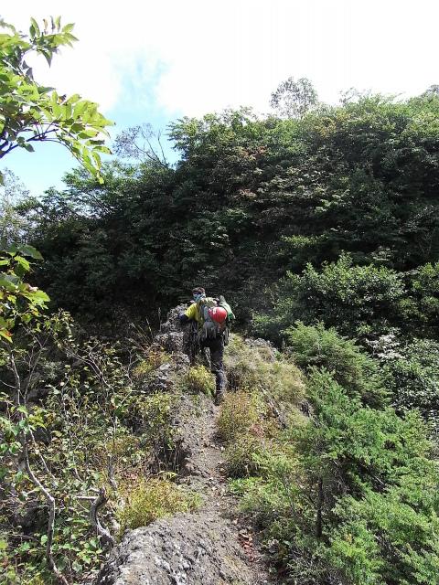 戸隠山(西岳・本院岳~P1尾根) 登山口コースガイド 蟻の戸渡ナイフリッジ【登山口ナビ】