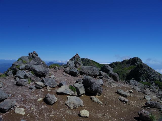 八ヶ岳・横岳(県界尾根)登山口コースガイド 石尊峰山頂【登山口ナビ】