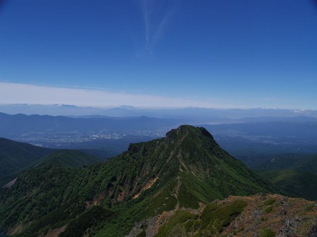 八ヶ岳・赤岳(南沢~文三郎尾根) 登山口コースガイド 山頂からの中岳・阿弥陀岳展望【登山口ナビ】