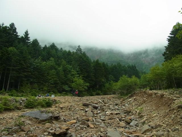 八ヶ岳・阿弥陀岳(南沢~中岳のコル) 登山口コースガイド 南沢コース谷筋から横岳【登山口ナビ】