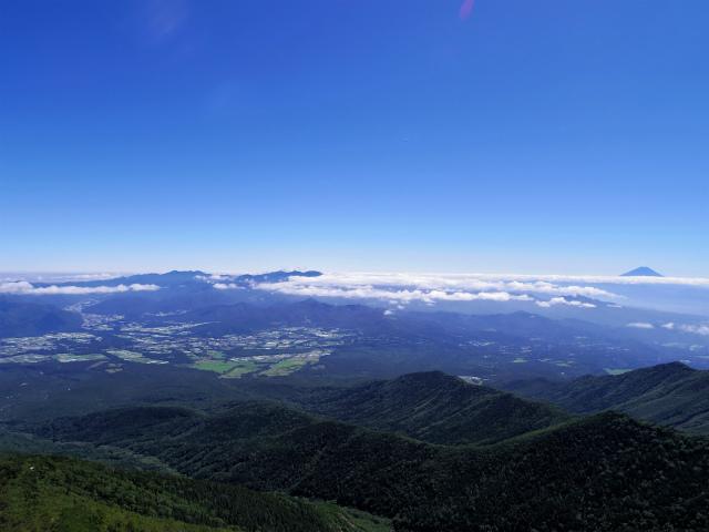 八ヶ岳・横岳(県界尾根)登山口コースガイド 三叉峰山頂からの奥秩父山塊や富士山の眺望【登山口ナビ】