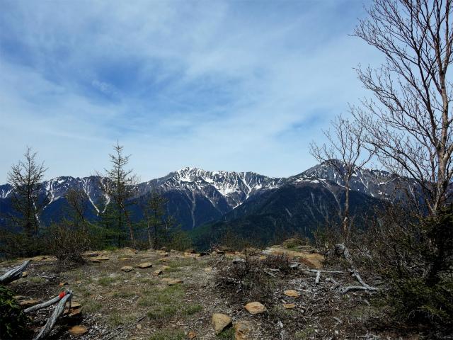 辻山(甘利山~千頭星山)登山口コースガイド 辻山からの展望【登山口ナビ】