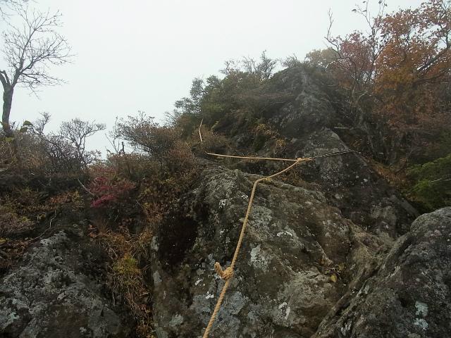 皇海山・鋸山(不動沢コース)登山口コースガイド ロープ【登山口ナビ】