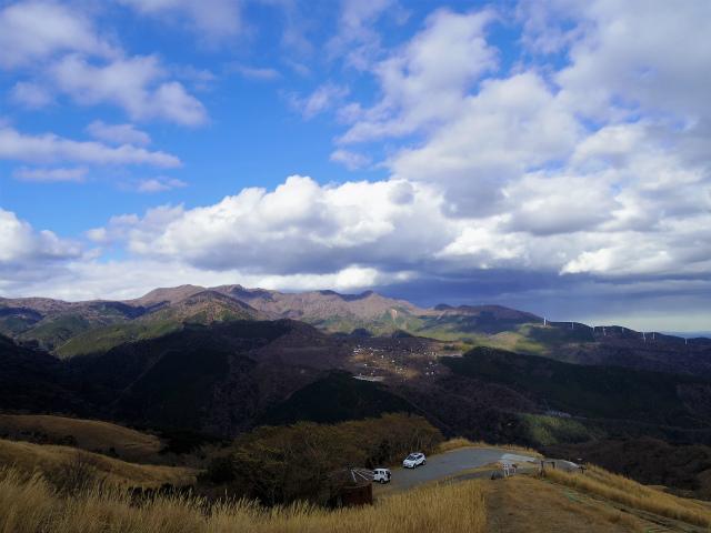 三筋山(天城三筋山遊歩道) 駐車場と天城山の展望【登山口ナビ】