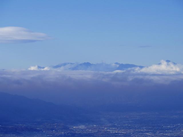 大菩薩嶺(富士見新道) 登山口コースガイド テラス上部から聖岳の眺望【登山口ナビ】