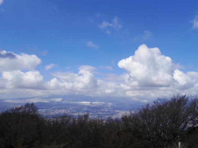 金時山(長尾峠~丸岳~乙女峠)登山口コースガイド 金時山山頂からの富士山【登山口ナビ】
